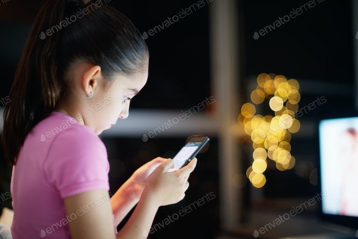 Unattended Daughter Writes On Social Network With Phone