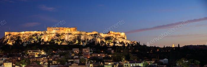 Athen, Griechenland. Akropolis Rock und Plaka