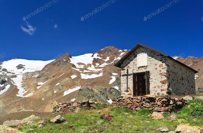 chapel beneath Cevedale mount