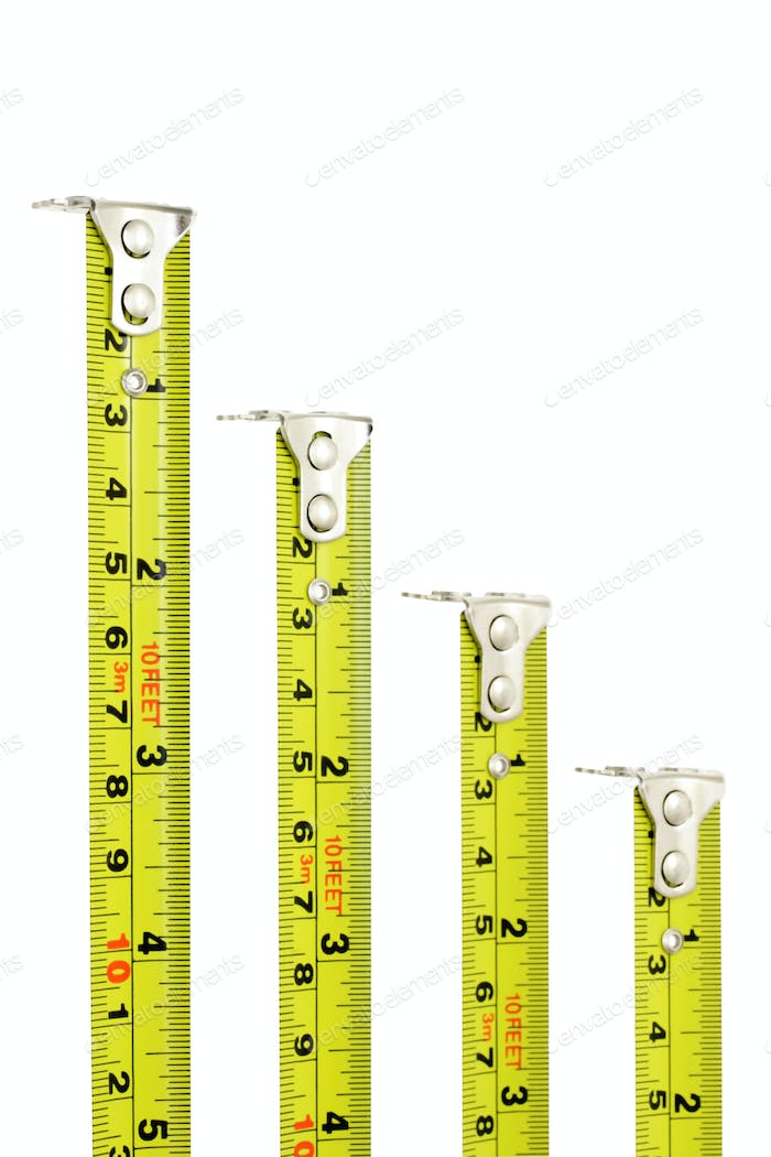 Measuring tapes with magnetic heads