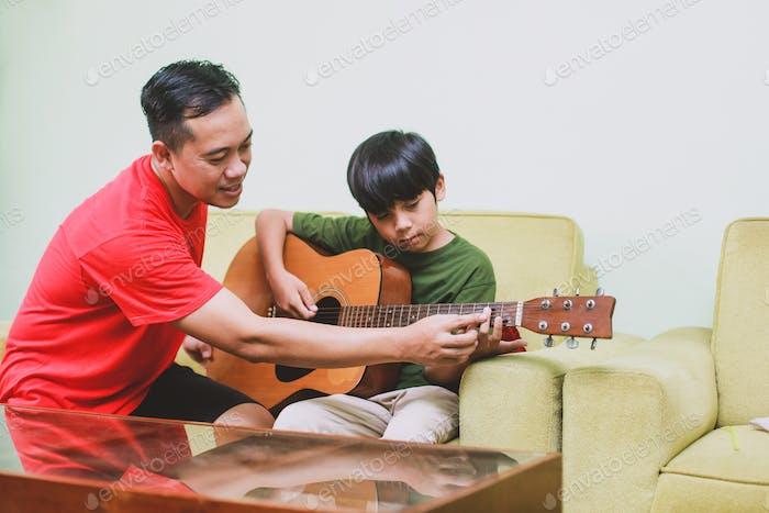 Gitarren-Kurs