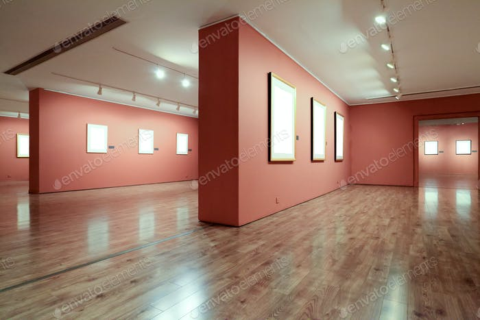 frame in art gallery