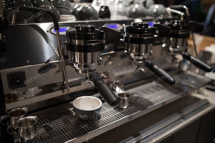 Primer plano de la máquina de café