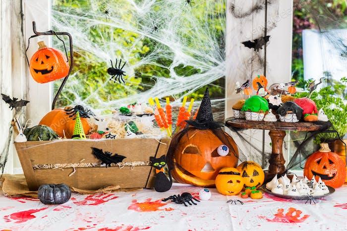 Столовый набор для ужина на Хэллоуин
