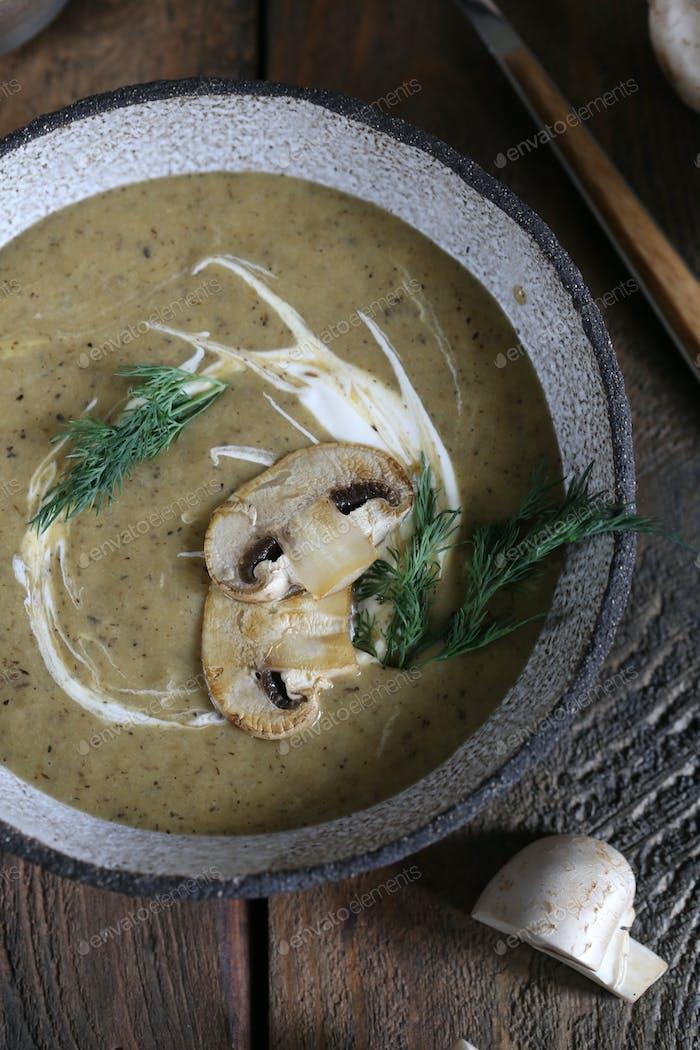 Pilz-Püree-Suppe