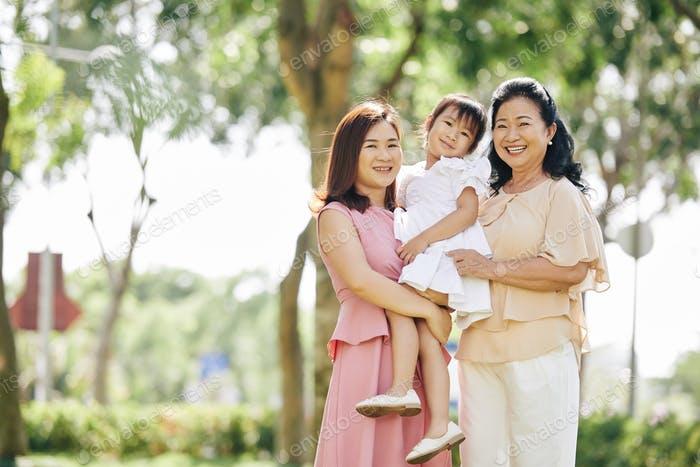 Senior woman with daughter and granddaughter