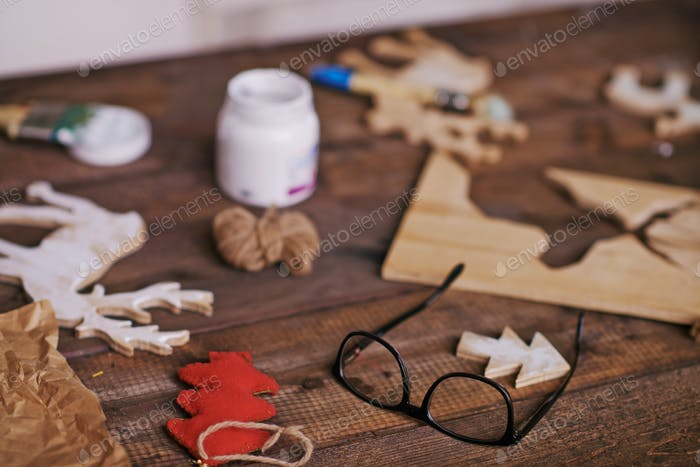 Objects on wooden table