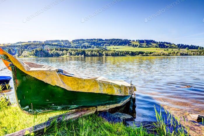 Ruderboot an einem See