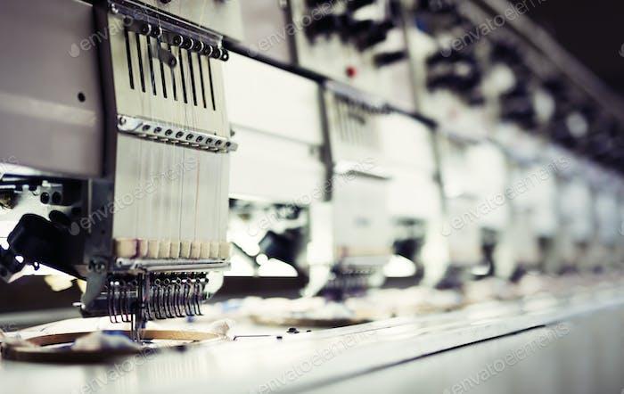 Produktionslinie der Stoffindustrie