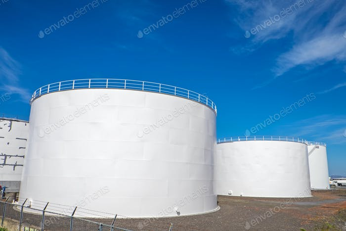 Gas storage tanks in Reykjavik