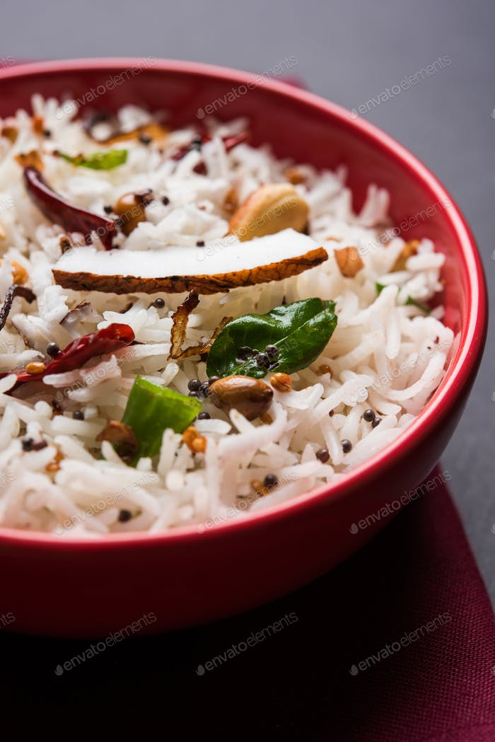 Coconut Rice Using Leftover Rice