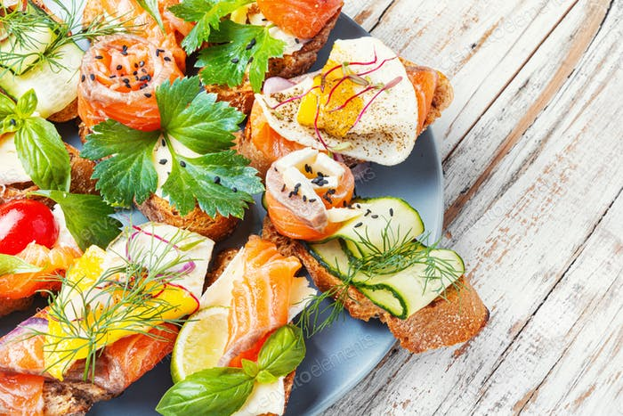 Assorted bruschetta with fish