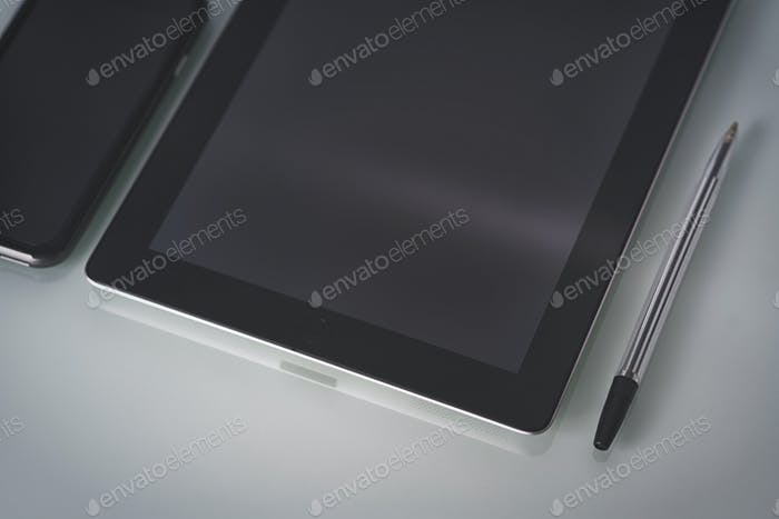 Lugar de trabajo del diseñador de Tablet PC y smartphone