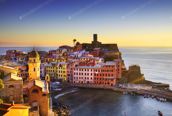 Vernazza village, aerial view on sunset. Cinque Terre, Ligury, I