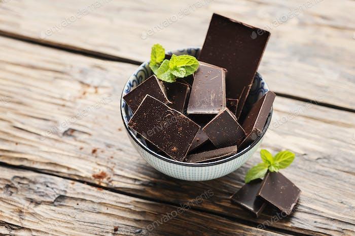 Zartbitterschokolade mit Minze