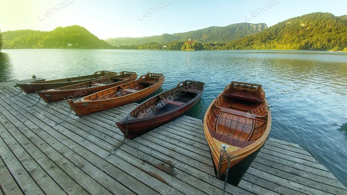Sonnenaufgang am Bleder See, Slowenien, Europa