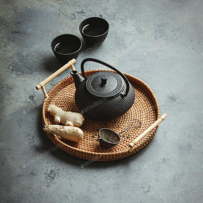 Tee-Zusammensetzung