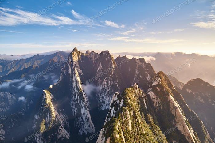 Huashan National Park Berglandschaft bei Sonnenuntergang, China.