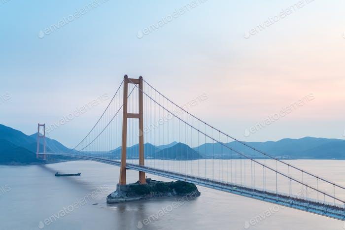 zhoushan sea-crossing bridge
