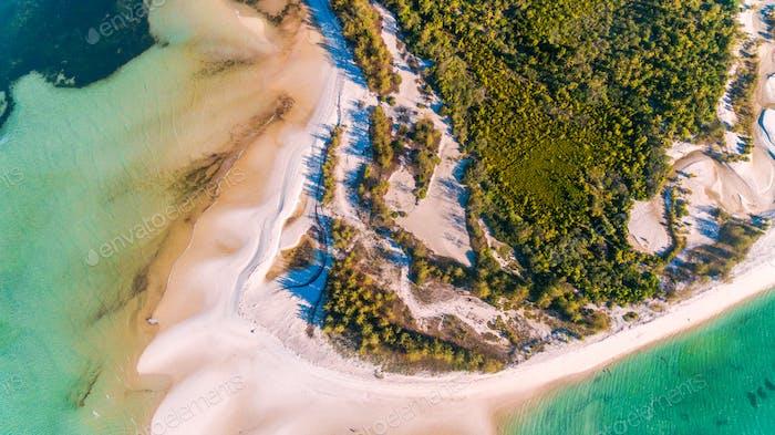 Пляж Утенде, остров мафии