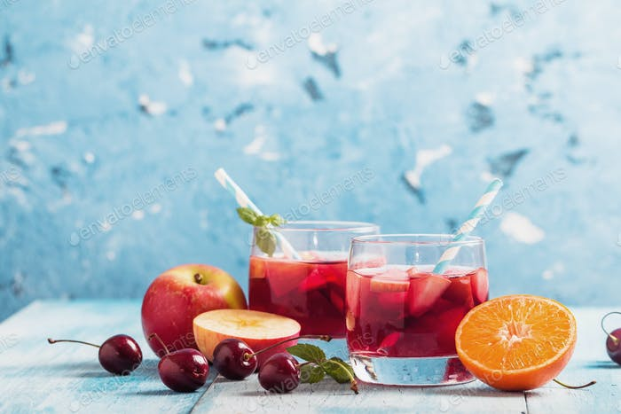 Refreshing sangria or punch with fruit