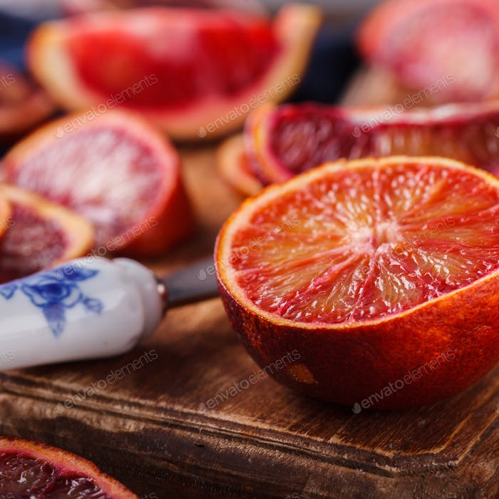 Blutorange.Zitrusfrüchte. Antivirale gesunde Ernährung. Vitamine. Immunitätswiederherstellung.