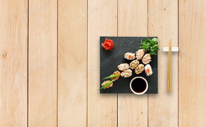 Set of sushi gunkan at wood.