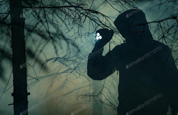Nocturna Búsqueda Bosque Personas Desaparecidas Tema