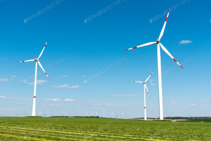 Wind engines in the fields in Germany