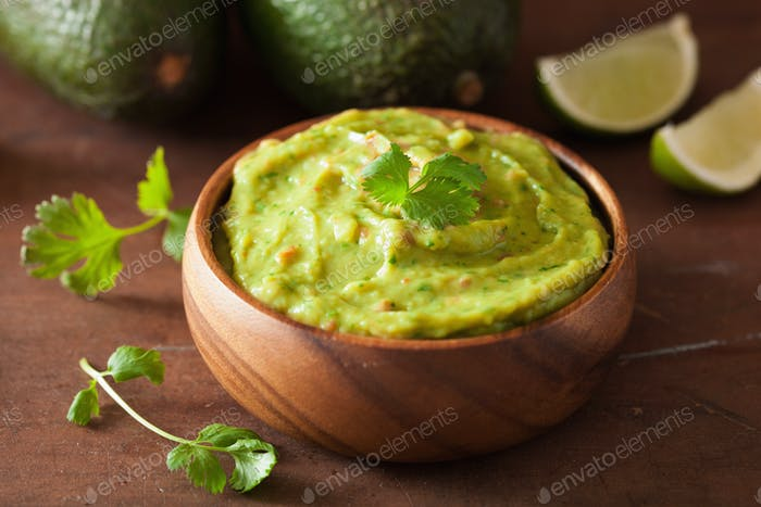 mexican guacamole dip and ingredients