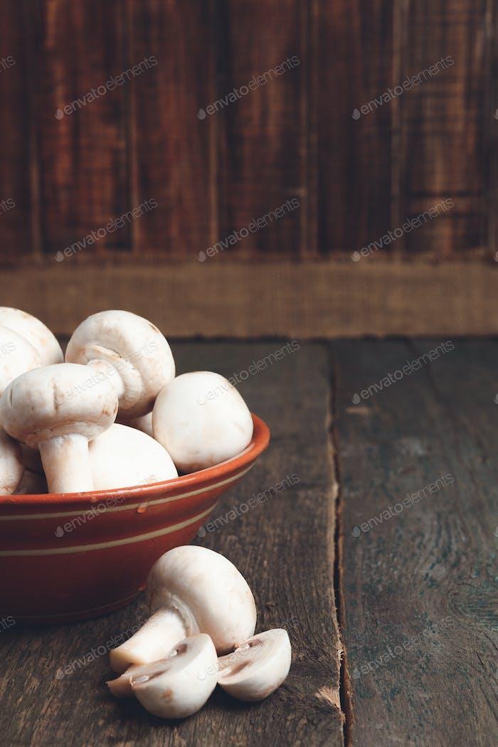 Fresh white mushrooms champignon