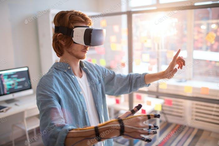 Virtual presentation in office