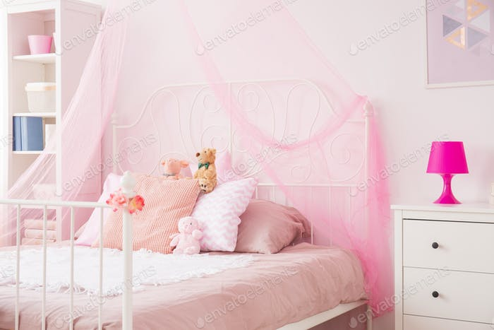 Perfect girl bedroom in pink