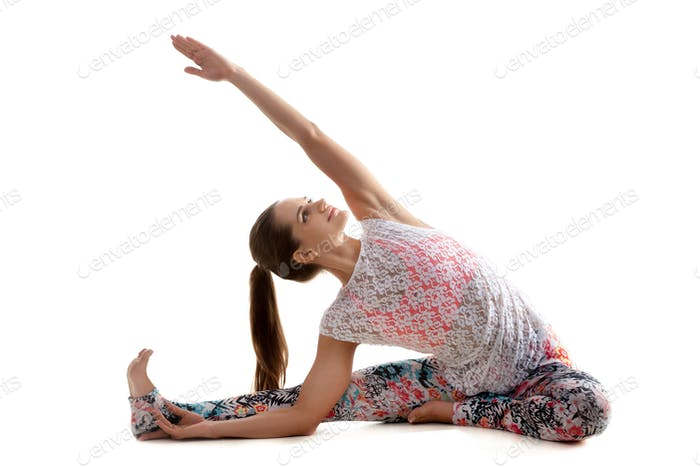 Yoga pose djanu shirshasana