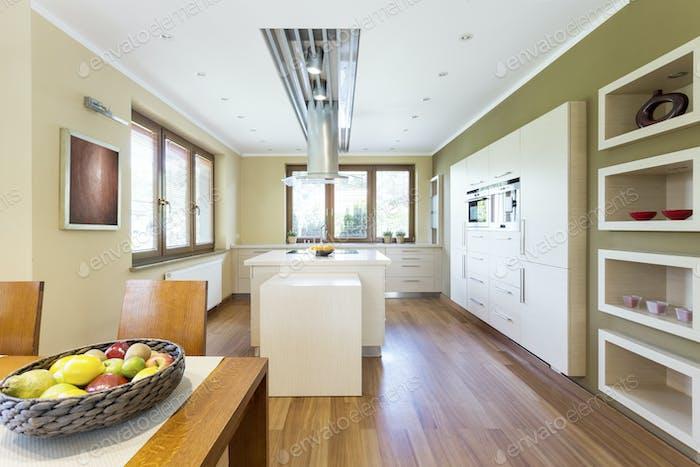Bright functional kitchen with kitchen island