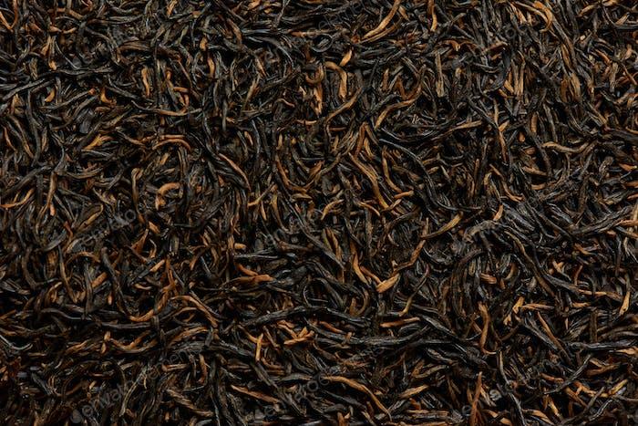 Schwarze Teeblätter