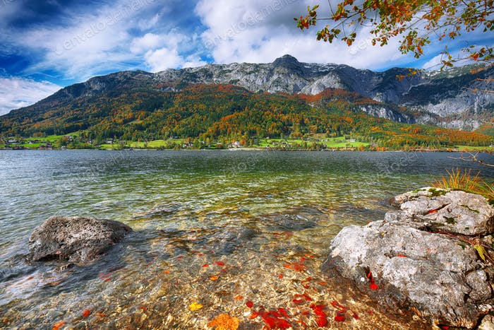 Idyllic autumn scene in Grundlsee lake in Alps mountains, Austri