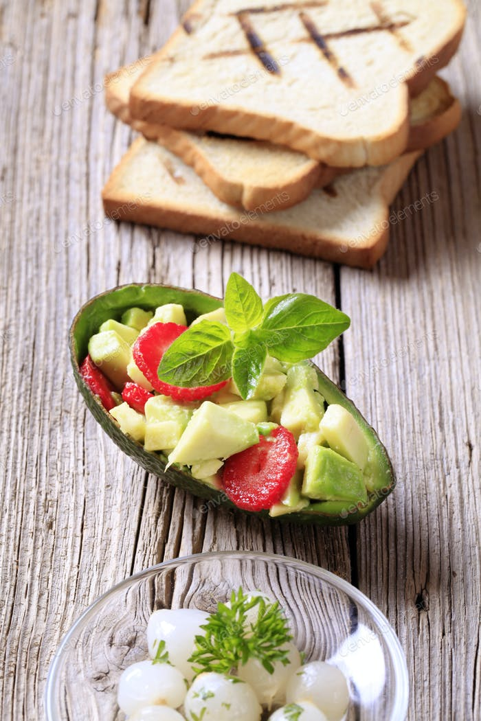 Avocado salad and toasted bread
