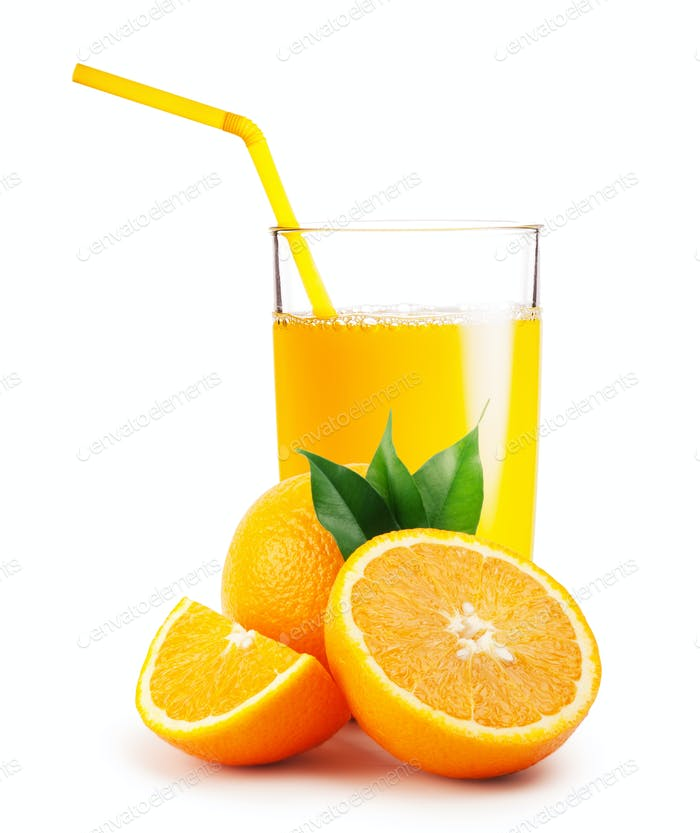 Glass of orange juice and the oranges