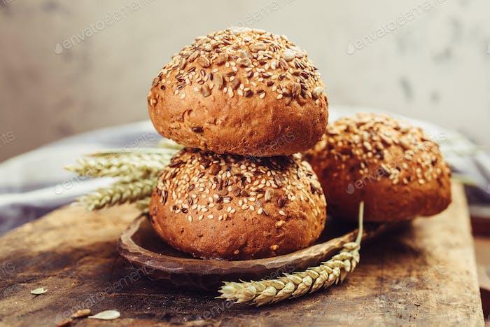Sandwichbrötchen mit Samen