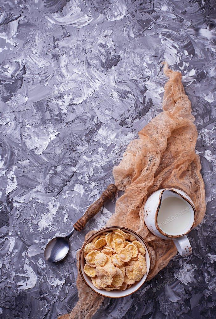 Corn flake and milk . Healthy breakfast