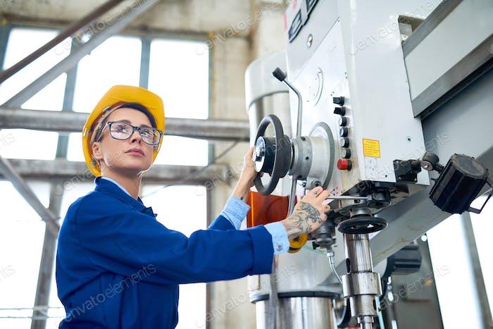 Operating Bench Drilling Machine