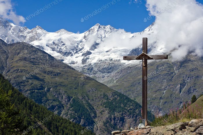Cross in front of Weisshorn