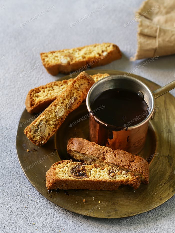 Chocolate Ganache with Biscotti Cookies