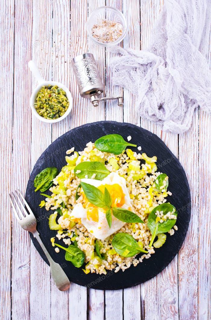 bulgur with egg