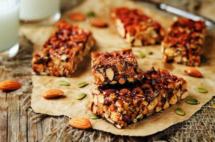 Honey nuts bars with milk