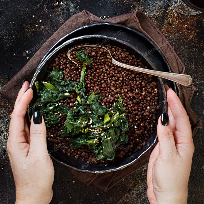 Black lentils and spinach