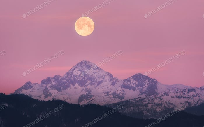 Full Moon above the mountain