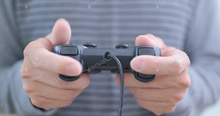 Man play video game