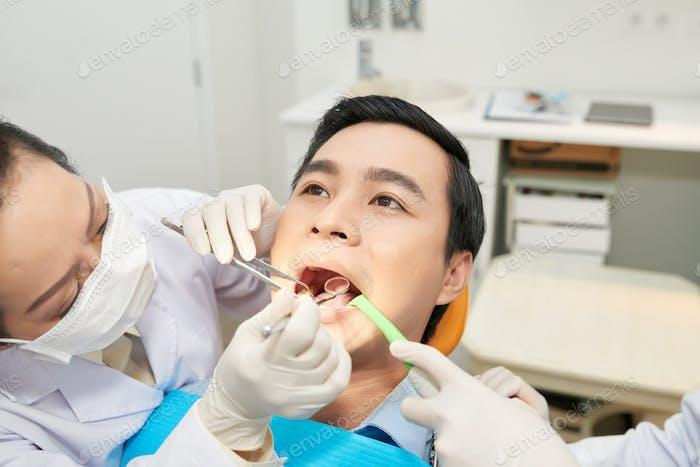 Zahnheilung